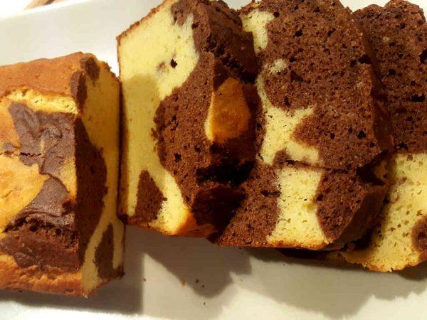 Paleo dvobojni slatki kruh od naranče i kakaa